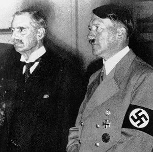 Munich Agrement (29/9/39) : Hitler and Chamberlain after signing